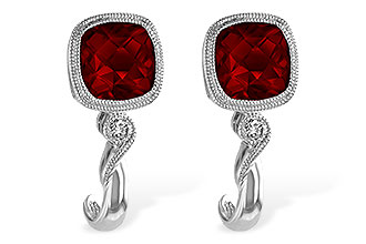 B183-89801: EARRINGS 2.36 GARNET 2.40 TGW
